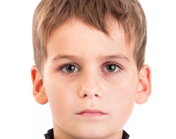 Bei hochbegabten Kindern sollte der IQ Test wiederholt werden, um Messwerte vergleichen zu können.